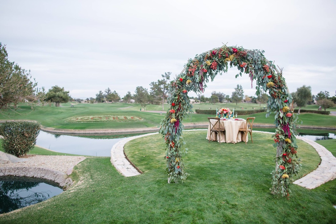 Scottsdale wedding, Scottsdale weddings, Scottsdale florist, Scottsdale wedding florist, Phoenix weddings, Phoenix wedding florist, Gilbert weddings florist, Tempe wedding florist, fresh flowers, wedding arches, rent wedding arches, floral wedding arches, Dei-Zinz Fresh Studio